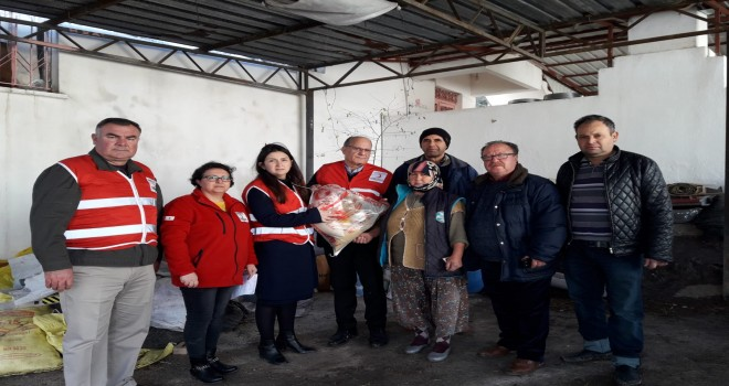 Sel mağdurlarına Kızılay'dan destek
