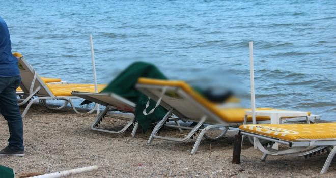 sahile ceset vurdu