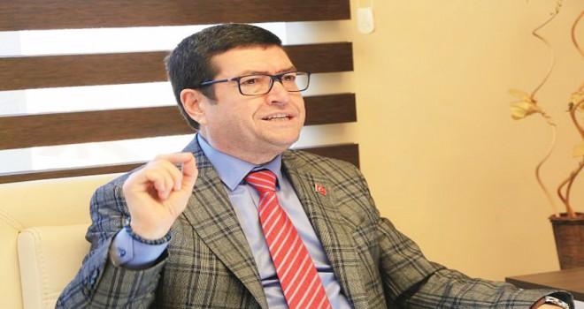 CHP'li Özel'den Saylak'a taciz