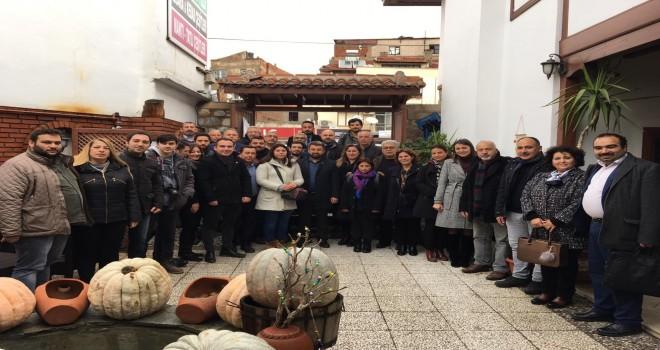 CHP gazetecilerle buluştu