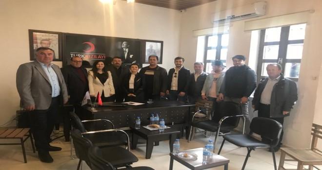 MHP'den Kızılay'a ziyaret