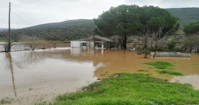 Sel felaketi birçok evi yuttu